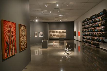 Arte y Politica vista parcial de exhibicion